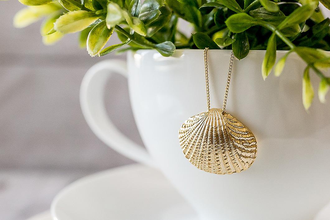 Breathe-Love-Jewelry-Gold-Sea-Shell