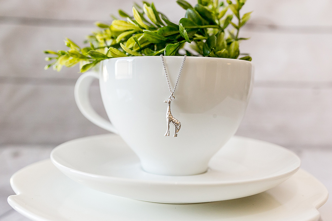 Breathe-Love-Jewelry-Silver-Giraffe